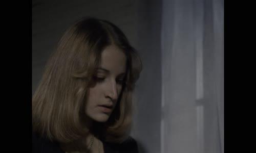 Lesní duch - The Evil Dead (1981) UHD 4K FULL KVALITA HEVC H.265 HDR10 EN DD,CZ DD 5.1_WarezFILM.mkv