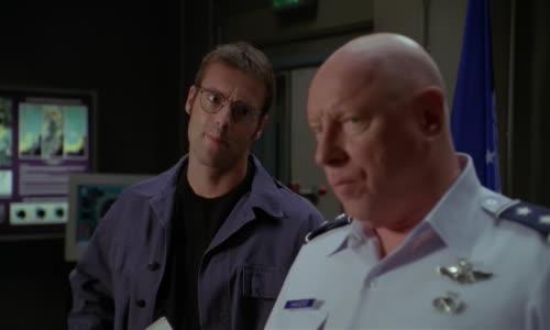 Stargate.SG-1.(2001).S05E11.1080p.BluRay.AC3.x264-BORDURE (MultiDub.Cz.Eng).mkv
